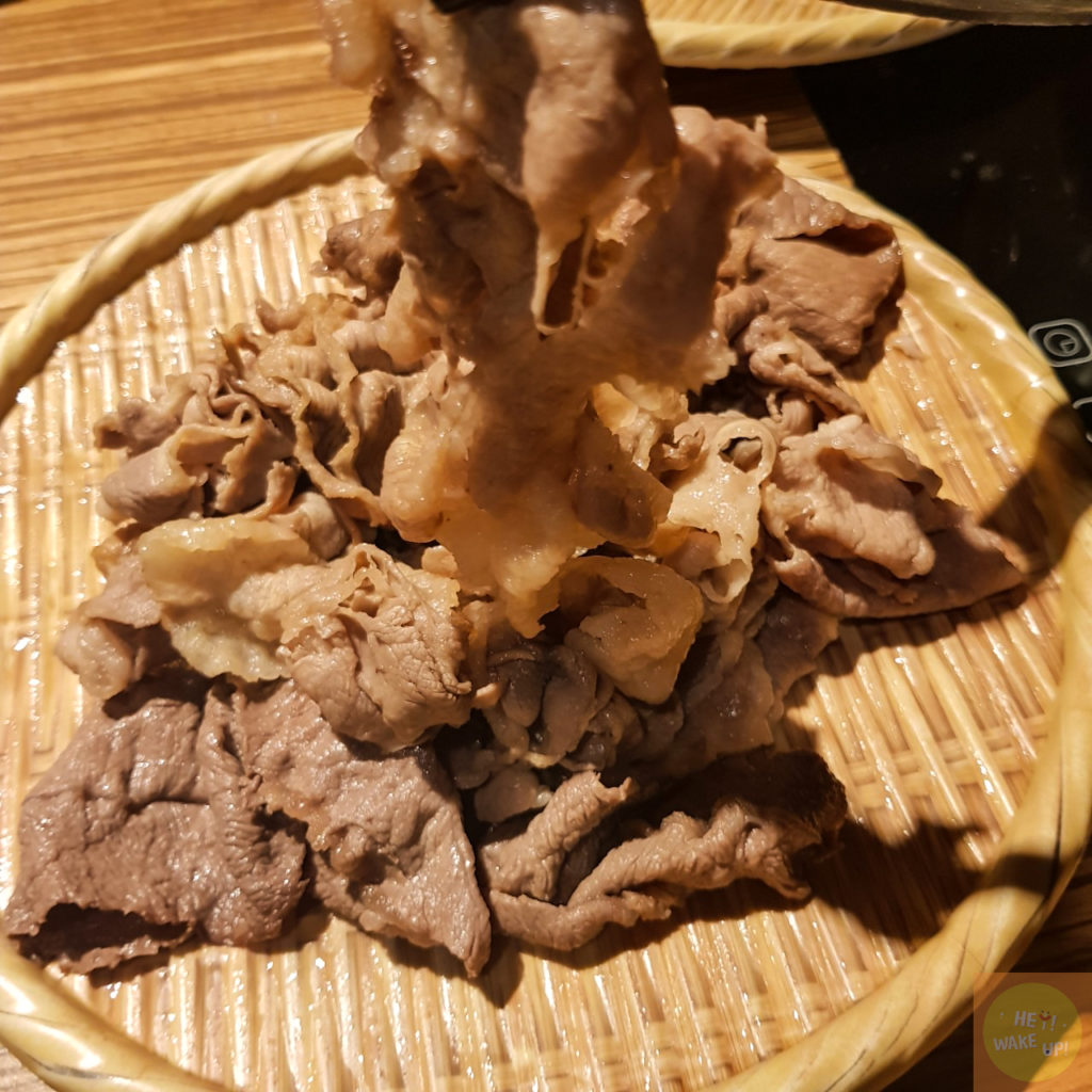 滿滿的肉盤