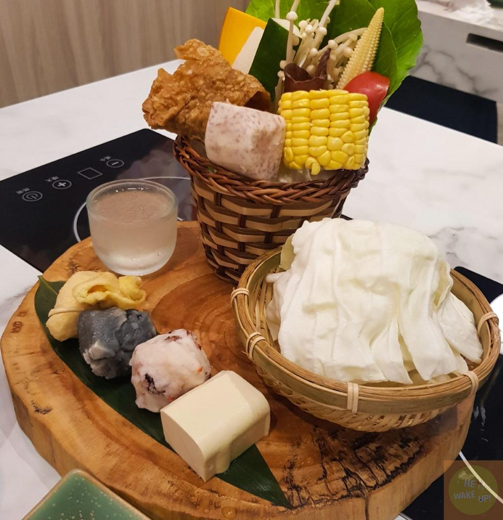 鮮饌海宴的菜盤