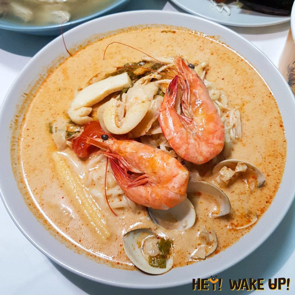 泰式酸辣海鮮湯麵