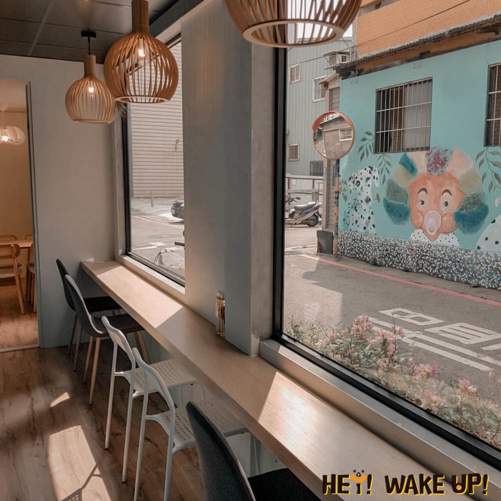 小鳥松咖啡店內部環境